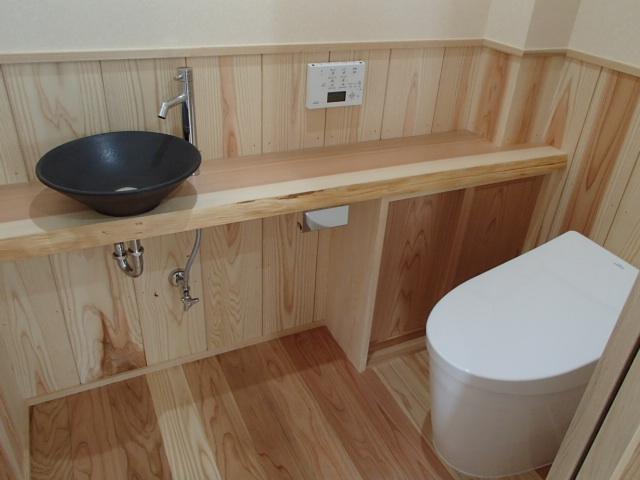 工務紙井 新築 施工事例 無垢 こだわり トイレ