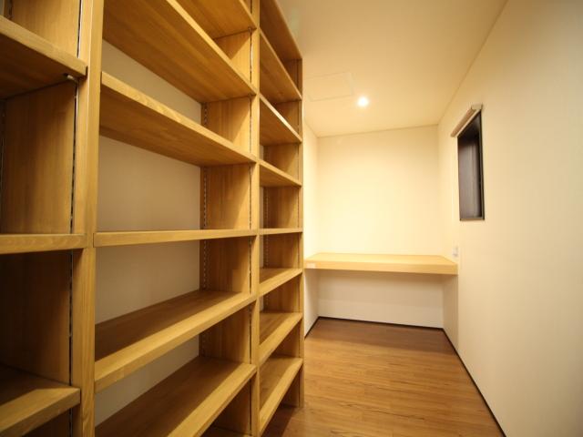工務紙井 新築 施工事例 収納 本棚 書斎 手づくり