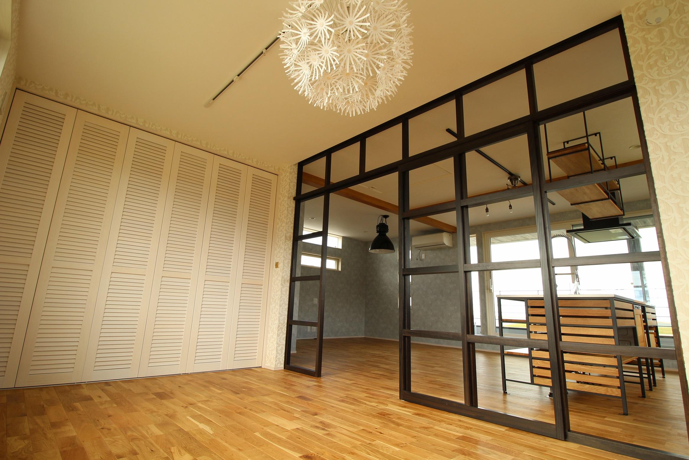 工務紙井 新築 店舗 美容室 寝室